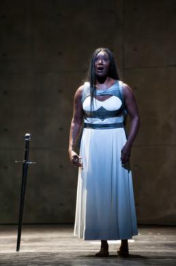 Elizabeth Llewellyn – Elsa, Lohengrin – Theater Magdeburg, 2014