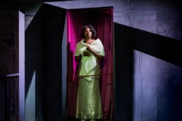 Elizabeth Llewellyn – Manon Lescaut – Opera Holland Park – Photo Robert Workman